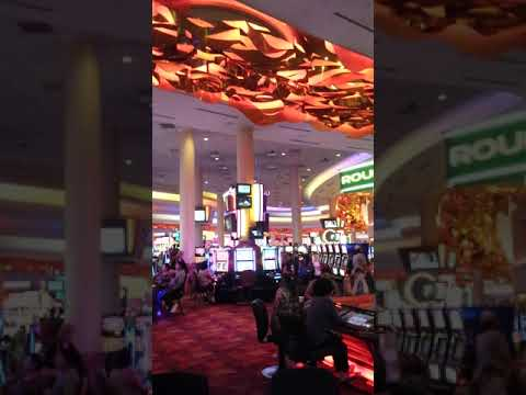 Roulette game at Mystic Lake Casino