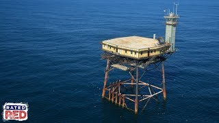 Want a B&B Literally On the Sea? Try the Frying Pan Tower
