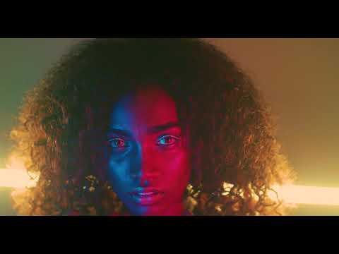 "Siena Liggins - ""Naked"" (Panasonic GH5 Music Video)"