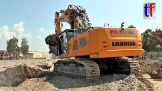 Liebherr R 960 demolition @ Work / Abbruch Bauknecht Schorndorf, 26.07.2016.