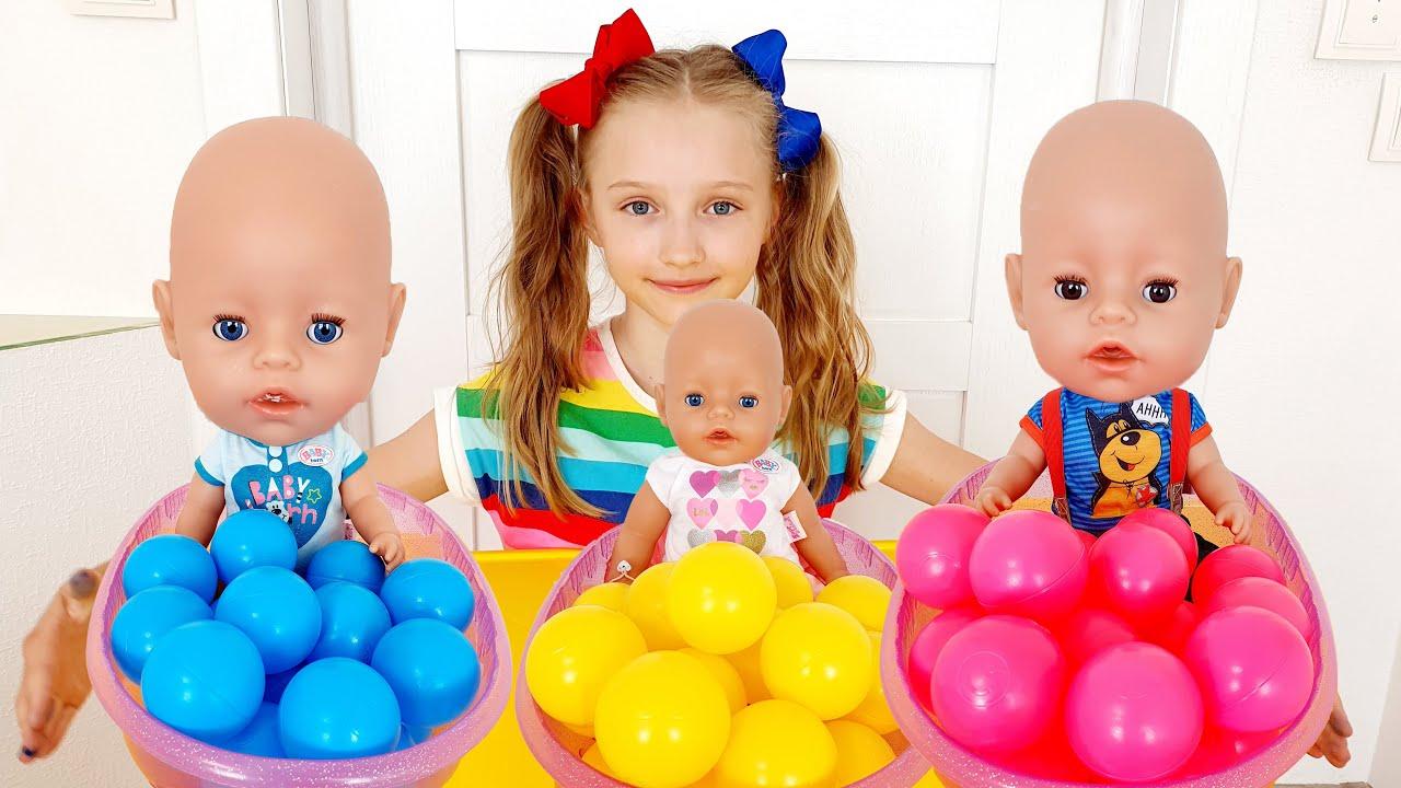Полина и куклы не хотят спать