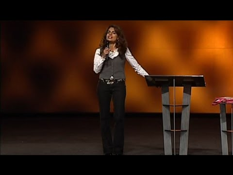 Lisa Bevere - A Confident Woman Fights Like A Girl (Full)