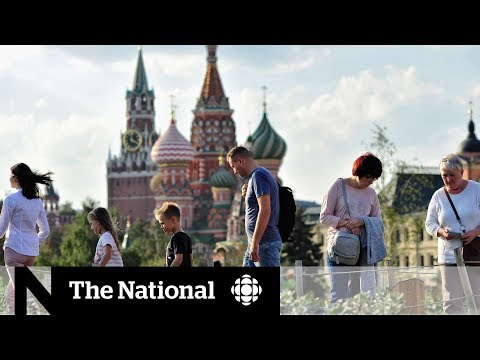 Смотреть How Russia is transforming Moscow | Dispatch онлайн