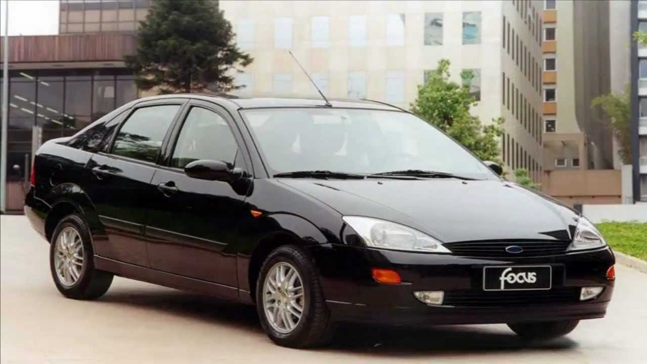 ford focus sedan ghia 2 0 16v 2002 youtube. Black Bedroom Furniture Sets. Home Design Ideas