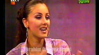 Petek Dinçöz, Gülay Kuriş'le Moda'da (3 Kasım 2001 Cumartesi 13:30 - atv)