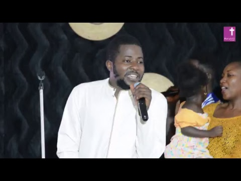011017 Thanksgiving service with Jeremiah Gyang