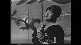 "Morgana King sings ""Corcovado"" on The Hollywood Palace"