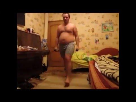 Выпады с гантелями. Упражнения с отягощением. Workout. Прикол. Похудеть. Сбросить вес. Убрать живот.из YouTube · Длительность: 34 с  · Просмотры: более 2000 · отправлено: 26.04.2016 · кем отправлено: Marsianskoe dermo