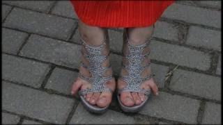 Девушки на каблуках,