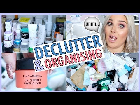 DECLUTTER MY BATHROOM WITH ME! ☠💯 Face Masks Galore!!!