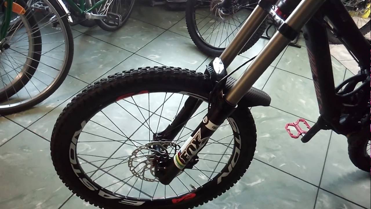8d9bf837020 Specialized Demo 9 DH - YouTube