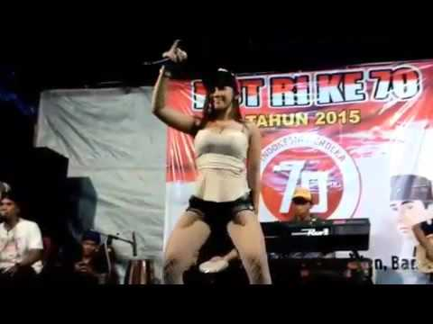 Dangdut Hot 2015 Uut Selly Goyang Dumang HD