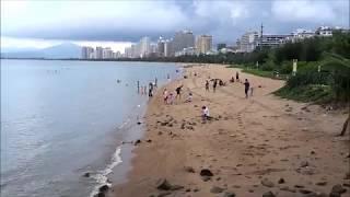 Пляж в Санье на о. Хайнань в Китае, санья бэй, остров Феникс.