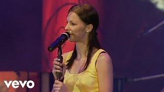 Christina Stürmer - Glücklich Live von der Kaiserwiese Wien / 2007)