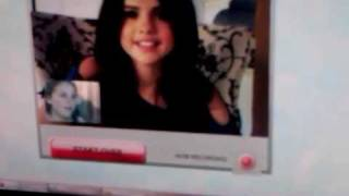 Chat with Selena Gomez - Right NOW