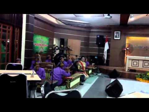 indonesia traditional song