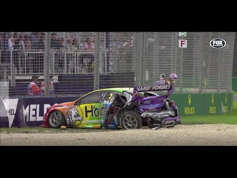 PERCAT 250KM/H BRAKE FAILURE!! Race 1 Albert Park Supercars 2017