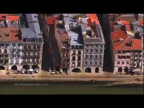 Bayonne, vue du ciel et de l'Adour