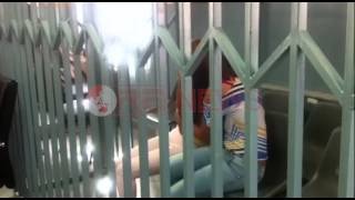 Motrat Kajtazi qajnë në momentin e dhënies së masës së sigurisë në Gjykatë- Ora News