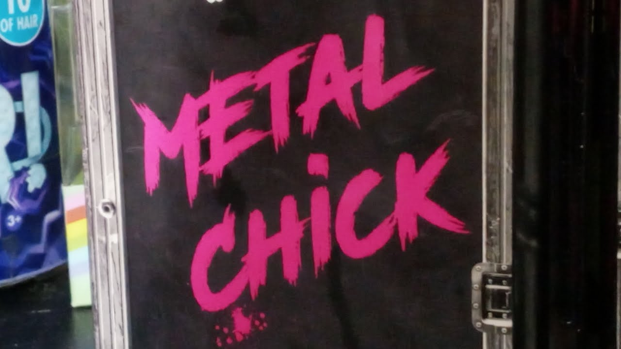 """Download Unboxing and Reviewing L.O.L. Surprise O.M.G. """"Metal Chick"""" of The Super Sonix"""