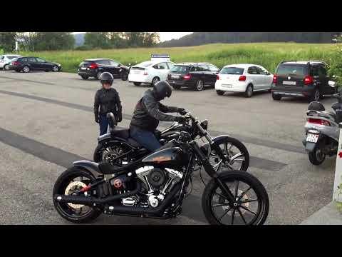Harley Davidson Breakout - YouTube