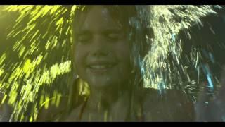 Nino Frassica - A Mare Si Gioca (Official Video)