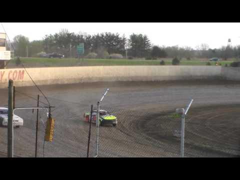 Stock Car Heat 3 @ 34 Raceway 04/15/17