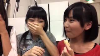 AKB48 15期研究生の市川愛美 向井地美音 福岡聖菜がわさび味のせんべえ...