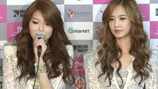 Repeat youtube video 2011 Girls' Generation Tour (2011 소녀시대 투어) _ Press Conference (기자회견)