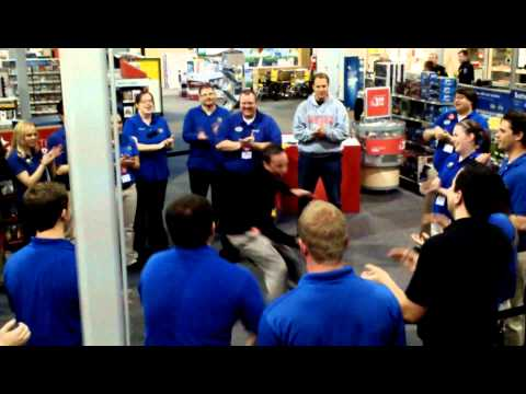 Black Friday Pump Up at Best Buy  Kevin Fry Edition
