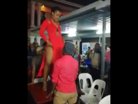 Man almost eats Zodwa Wabantu's Punani as she dances on stage