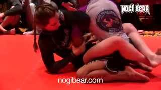 Girl Grapples Boy! • Danielle Kelly vs Alex Sanchez • AGL 2015 Championships • Nogi Bear®