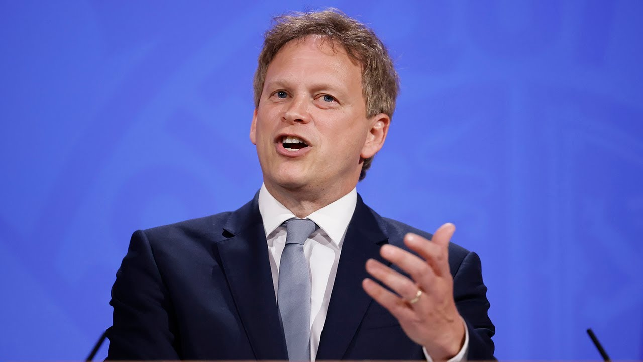Travel 'green list' announced by Grant Shapps