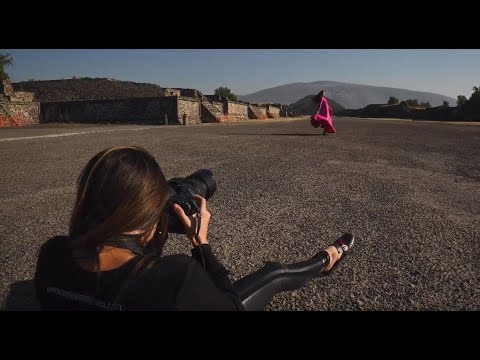 Photographer Alejandra Ramirez uses the SP 70-200mm F/2.8 G2 lens for a modern fashion shoot.