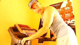 Ass Workout on cardio machine