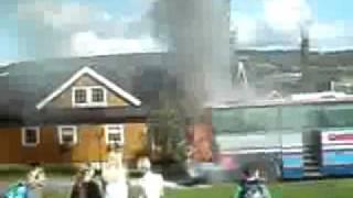 Buss brenner i Soknedal!