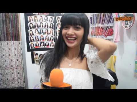 Download Nisa Farella Mp4 baru