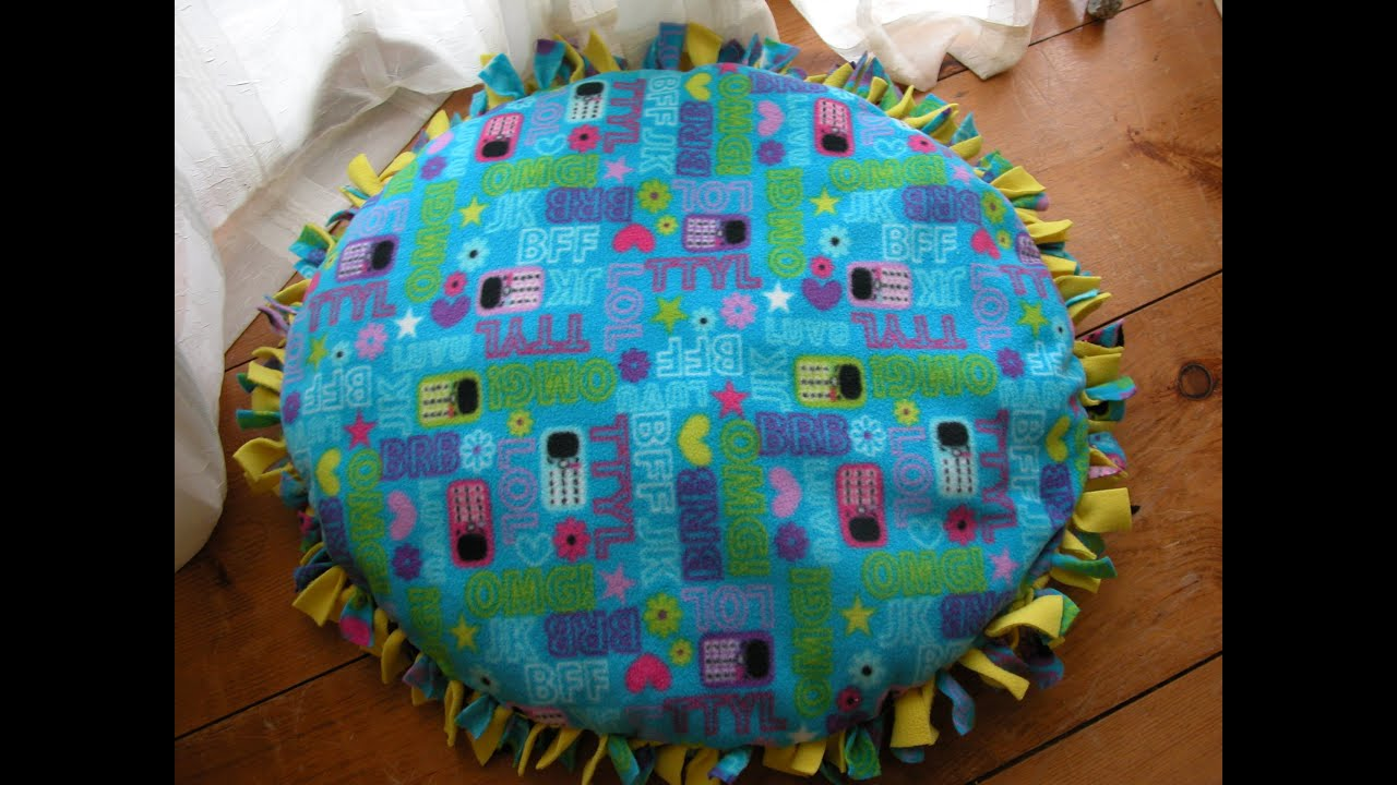 DIY Handmade Dog Bed Without Sewing - YouTube