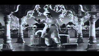 Jagadeka Veeruni Katha Movie   Ayinademo Ayinadhi Video Song   NTR, Saroja Devi