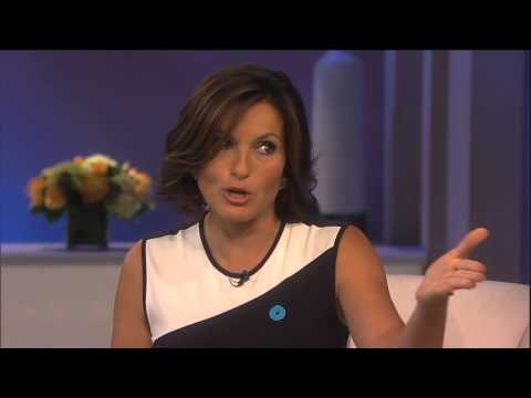 Mariska Hargitay Answers Fan Questions About SVU, Being Benson & More!