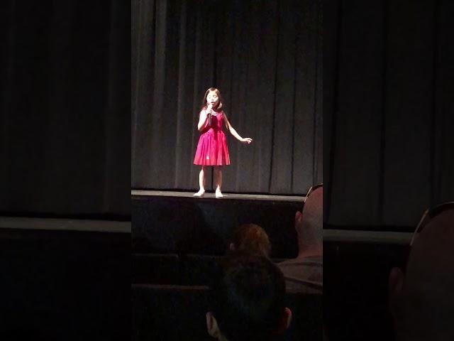 Ellie Maree Pelletier sings Alicia Keys' Girl on Fire acapella at five-years-old