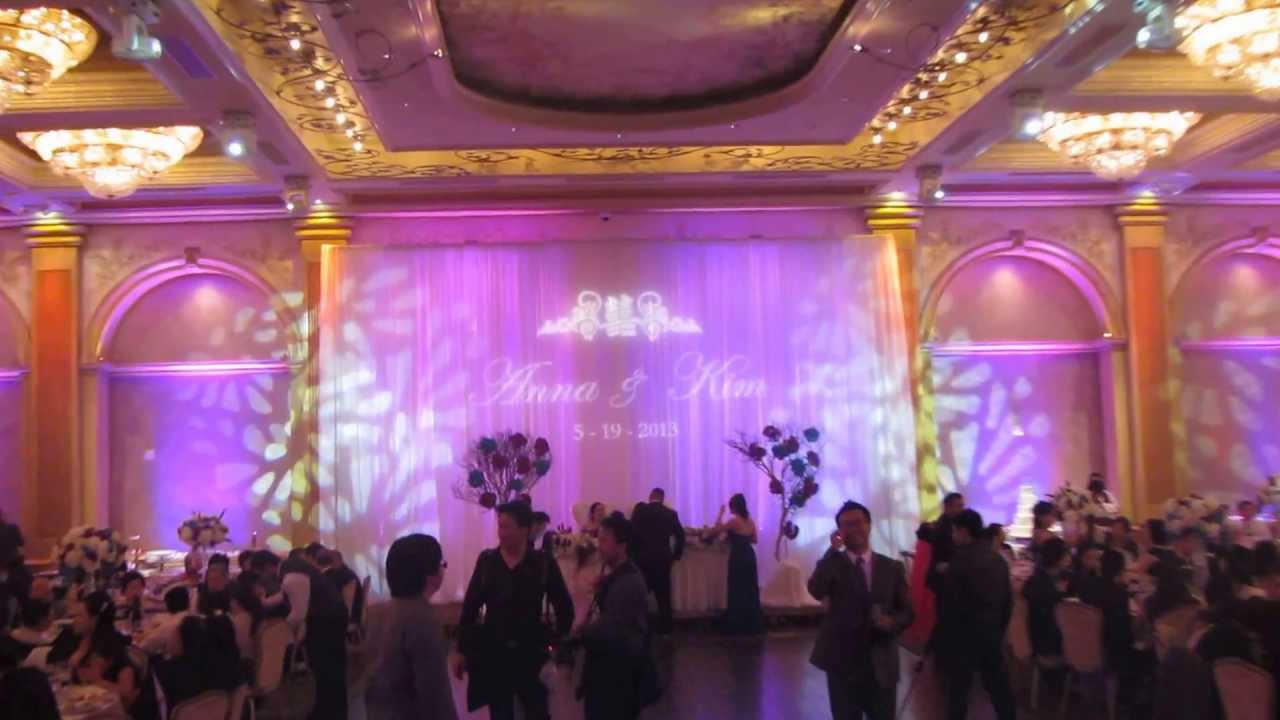 Renaissance banquet hall wedding