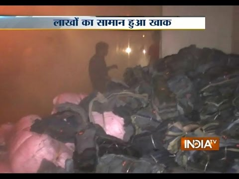 Delhi: Fire Engulfs Jeans Factory at Nawada - India TV
