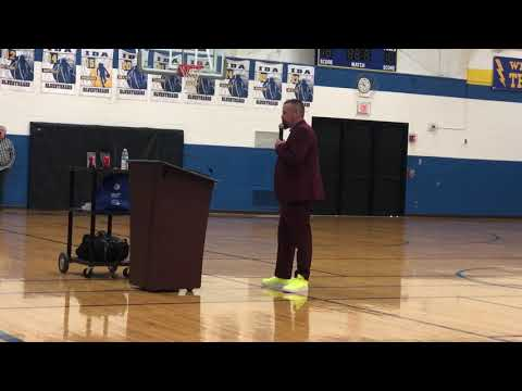Todd Woodfill speaks at Ida High School