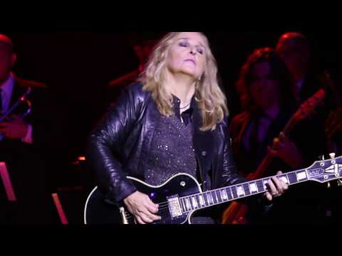 Melissa Etheridge - Rock Me Baby & I'm The Only One - Morristown, NJ 10-22-16