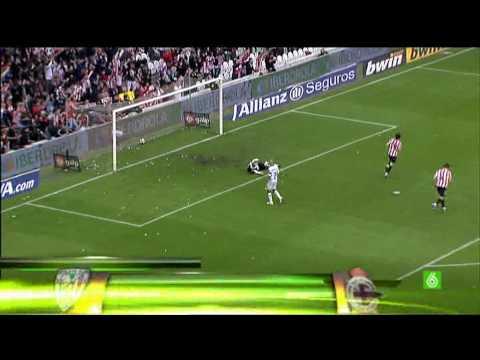 Golazo de Javi Martinez (Atletihc 2-0 Deportivo) HD
