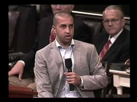 Mosab Hassan Yousef - Son of Hamas leader becomes a Christian