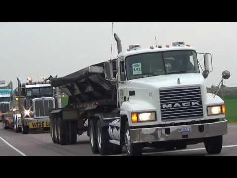 2016 South Dakota Truck Convoy - Sioux Falls - Light Show