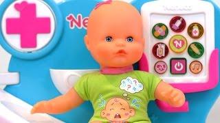 Bebe Nenuco malito: Doctora, por qué llora mi bebé!? - Doctor, why is Nenuco crying?