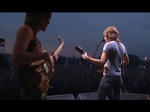 Kings of Leon - Glastonbury 2004